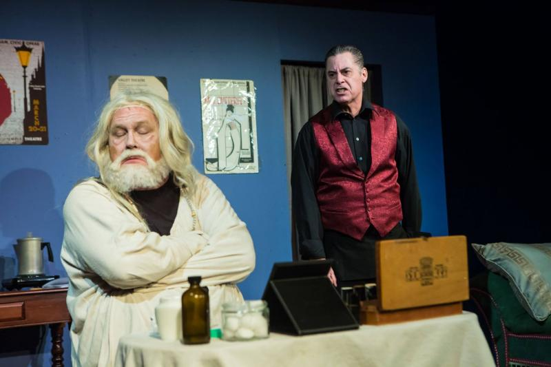BWW Review: THE DRESSER Wraps You in Co-Dependency at Birmingham Festival Theatre