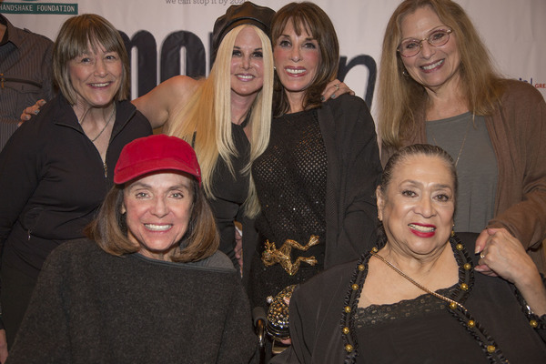 Geri Jewel, Valerie Harper, Susie Singer Carter, Kate Linder, Liz Torres and Roslyn Kind