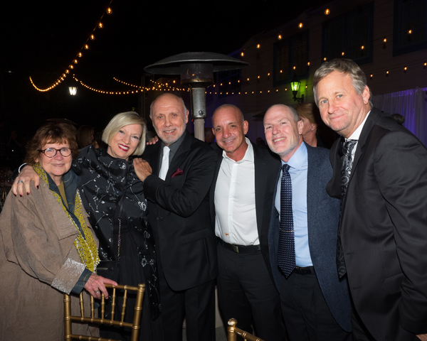 Hector Elizondo and friends Photo