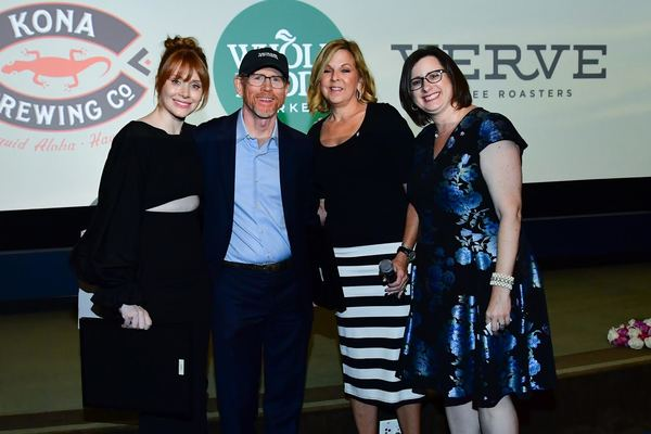 Pictured (L-R) Bryce Dallas Howard, Ron Howard, ALZGLA VP Kara Bonela, ALZGLA President & CEO Heather Cooper Ortner