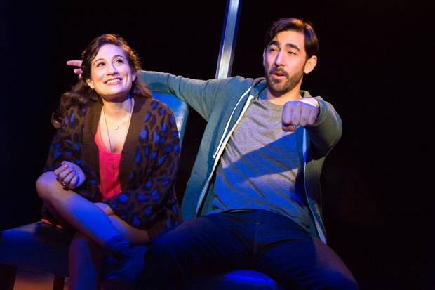 Podcast: 'Keith Price's Curtain Call' Welcomes Max Crumm and Lucy DeVito from HOT MESS