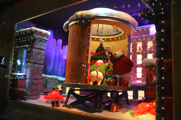 Photo Coverage: The Holidays Are Here! Macy's Unveils Iconic 2017 Windows Displays