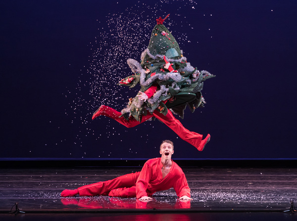 Smuin dancers Ben Needham-Wood (top) and Oliver-Paul Adams (bottom) in Christmas Tree Photo