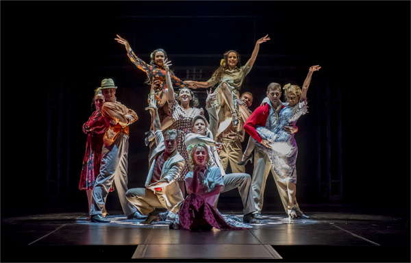 Emma Kingston and the company of EVITA