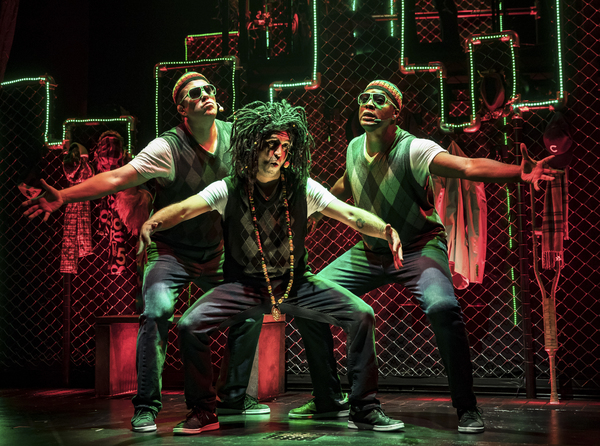 Photos: Q BROTHERS CHRISTMAS Begins Tonight At Chicago Shakespeare