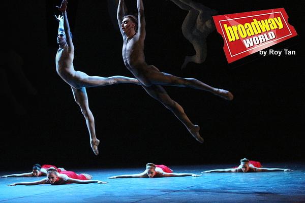 Photo Coverage: First Look at AMORE Featuring Ballerina Svetlana Zakharova