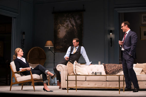 Uma Thurman as 'Chloe', Josh Lucas as 'Tom', and Martin Csokas as 'Peter'