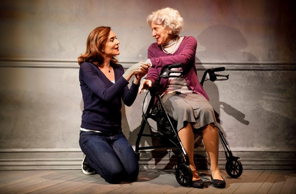 (l-r) Polly Draper and Beth Dixon in 20TH CENTURY BLUES, a new play by Susan Miller, directed by Emily Mann, at the The Alice Griffin Jewel Box Theatre at The Pershing Square Signature Center, 480 West 42nd Street.  © Joan Marcus