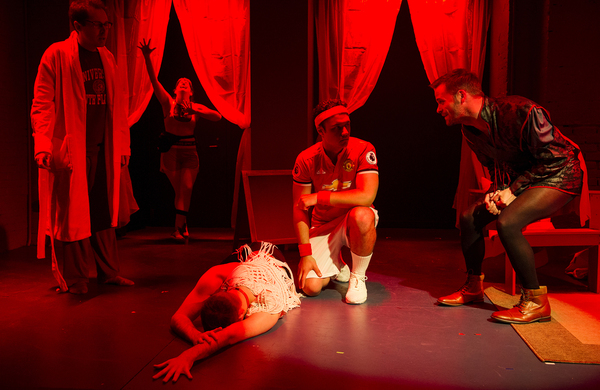 Olli Haaskivi (as Peter Gil), Megan Hill (as Maria), Tommy Heleringer (as Butler), Juan Arturo (as Rafa), Tommy Russell (as John Ort)