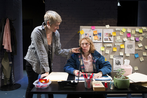 Jennifer Morris (as Kate), Crystal Finn (as Sherri)