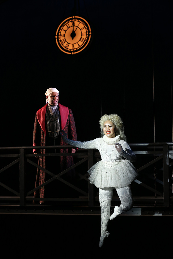 Photos: First Look at A CHRISTMAS CAROL at Ford's Theatre