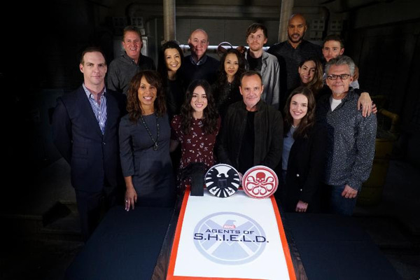 Watch The First 17 Minutes Of 'Marvel's Agents of SHIELD' Season 5