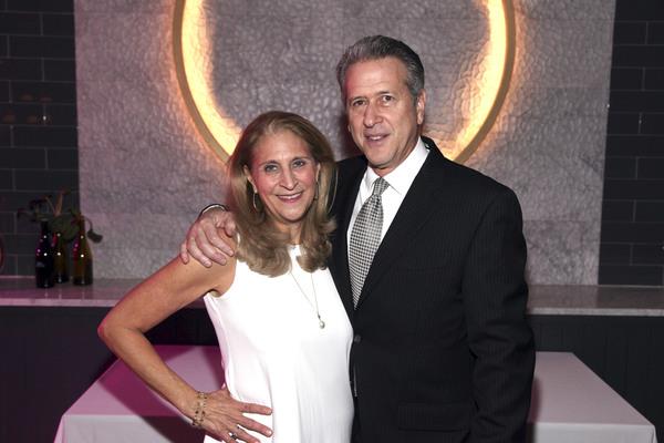 Kathy Soll, Steven Soll