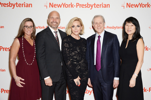 Dr. Laura Albanese, Dr. Craig Albanese, actress Jane Krakowski, and event chairs Steve Swartz and Tina Swartz