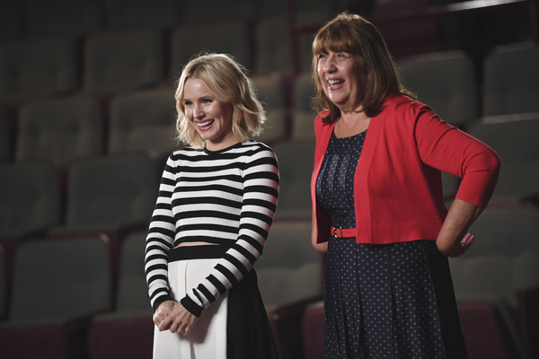 Photo Flash: First Look - Kristen Bell's Theater-Themed ABC Special ENCORE