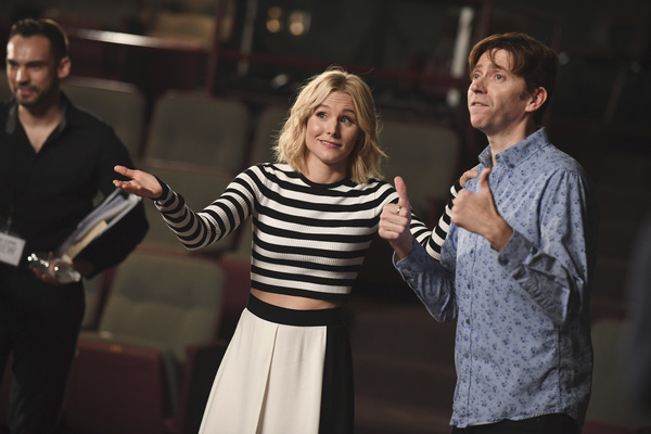 "ENCORE! - A one-hour musical television special, ""Encore!,� will premiere on The ABC Television Network, SUNDAY, DEC. 10 (10:00-11:00 p.m. EST). (ABC/MATT PETIT) KRISTEN BELL"
