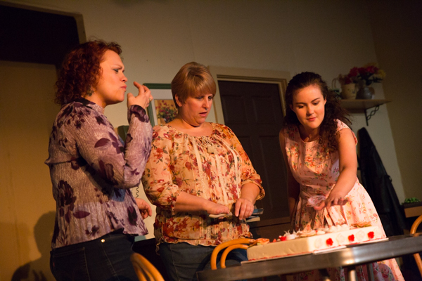 Photo Coverage: First look at Curtain Players' CRIMES OF THE HEART