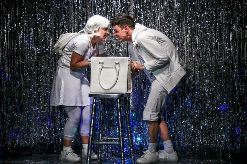 BWW Review: Wildly Entertaining KIDCASINO is All Kinds of Fabulous at the Alexander Upstairs