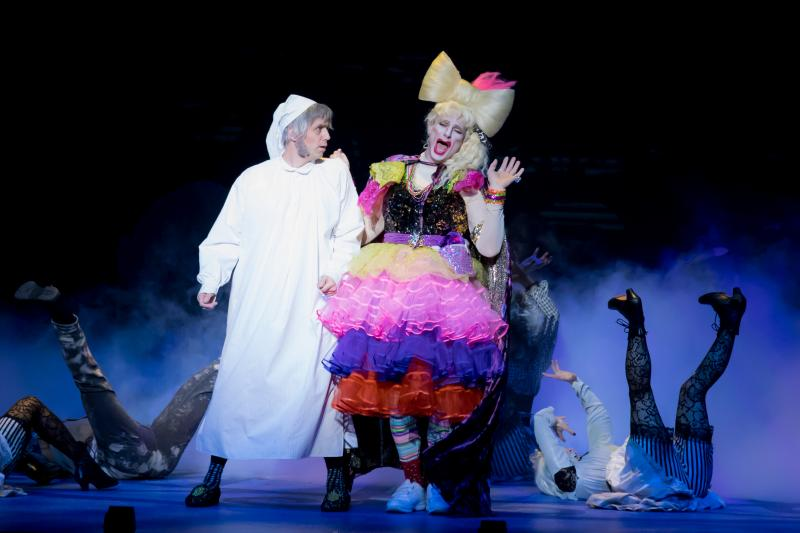 BWW Review: Ross Petty's A CHRISTMAS CAROL Panto is Undeniably Fun