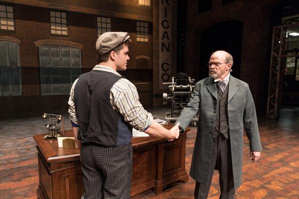 Jonathan Shew (Jack Kelly) and William Parry (Joseph Pulitzer)