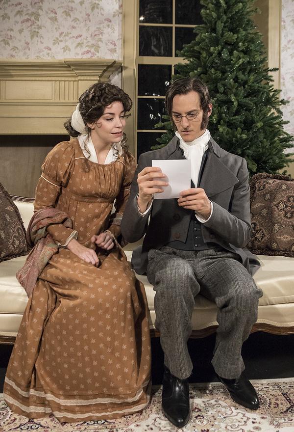 Donnla Hughes(Mary) andPaul Culos(Arthur)