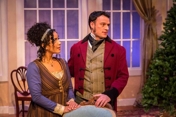 (l) Julissa Sabino (Elizabeth Darcy) and (r) Lee Osorio (Fitzwilliam Darcy)  Photo
