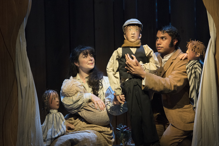 BWW Review: Tailor made Hometown 'A CHRISTMAS CAROL' at SHAW FESTIVAL