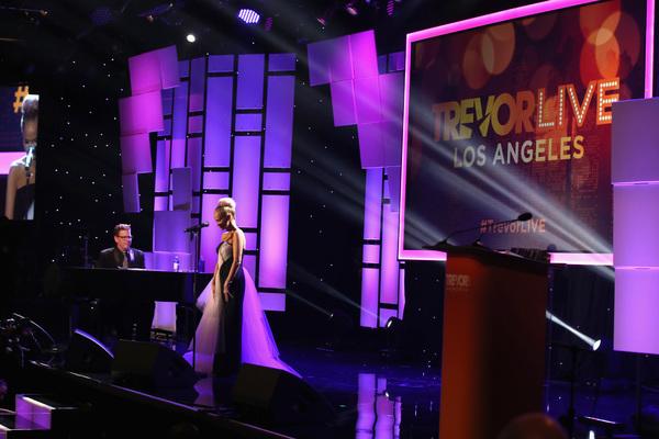 Photos: Kristin Chenoweth, Tom Ford, Shoshana Bean, Carol Burnett and More at 2017 TrevorLIVE Gala