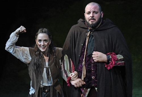 BWW Review: The Wallis Uncovers THE HEART OF ROBIN HOOD for the Holidays