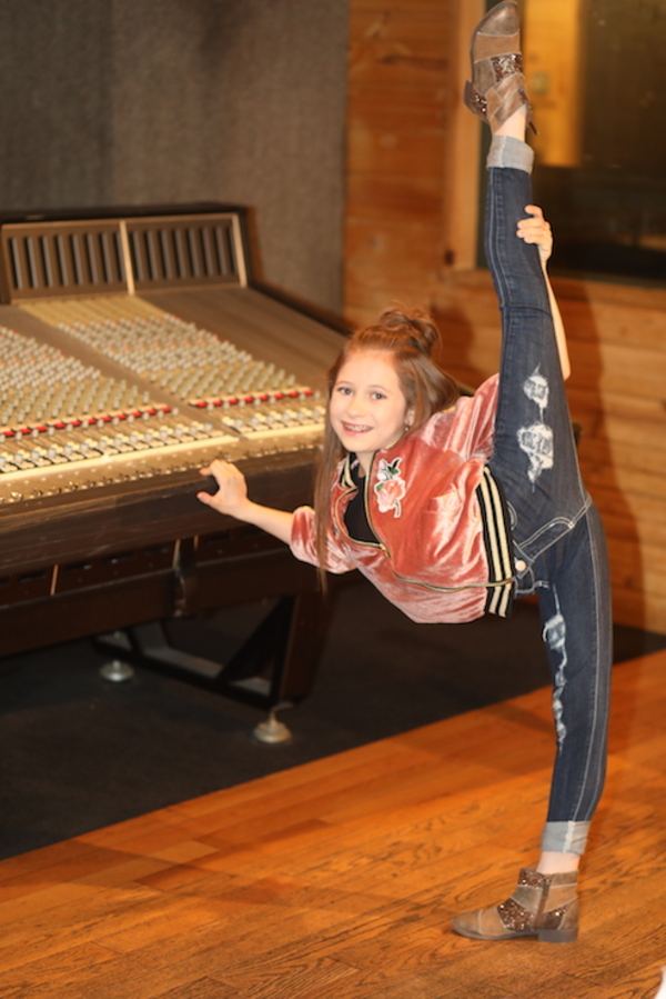 Photo Flash: Go Inside the Recording Studio with the Cast of Off-Broadway's DANCE DIVAS NUTCRACKER