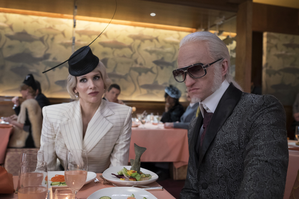 Günther (aka Count Olaf in disguise) (NEIL PATRICK HARRIS) and Esmé (LUCY PUNCH), the city's sixth most important financial advisor, dine at the IN-estmost Café Salmonella.