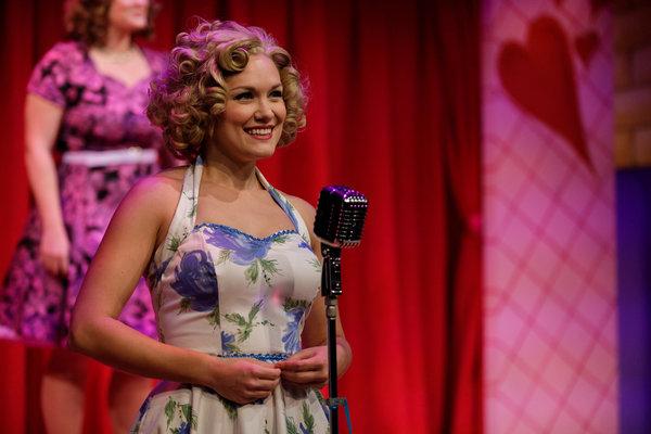 Emelie Faith Thompson as Cindy Lou