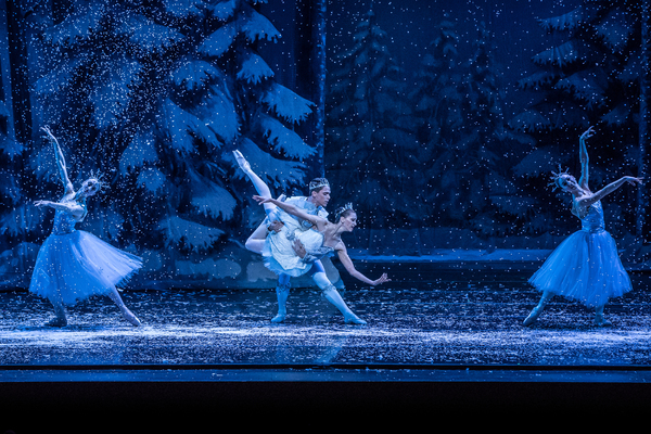 KC Ballet Dancers Angelina Sansone and Humberto Rivera Blanco with Company Dancers Taryn Mejia and Danielle Bausinger. Photography: Brett Pruitt & East Market Studios.