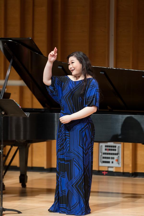 Mezzo soprano Hyona Kim