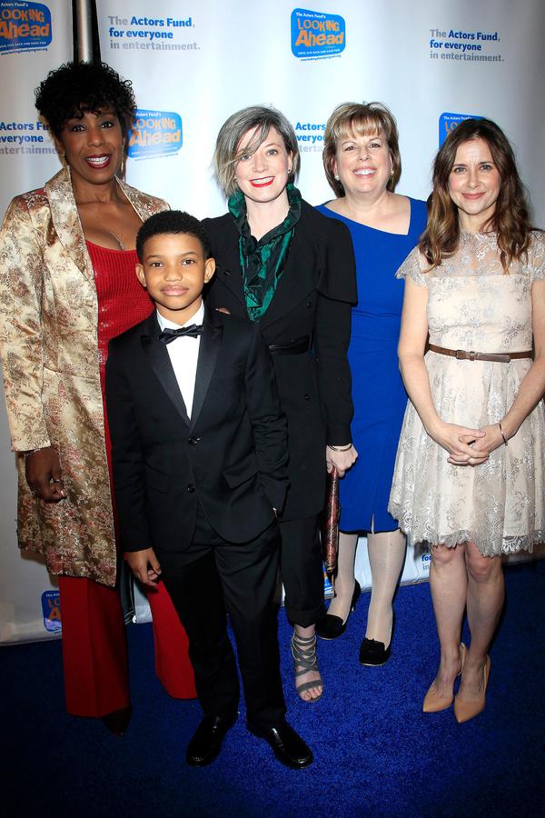 Dawnn Lewis, Kellie Martin and company