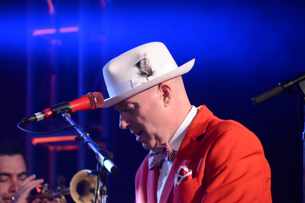 Photo Coverage: THE MAVERICKS Play The Music Hall at Tarrytown