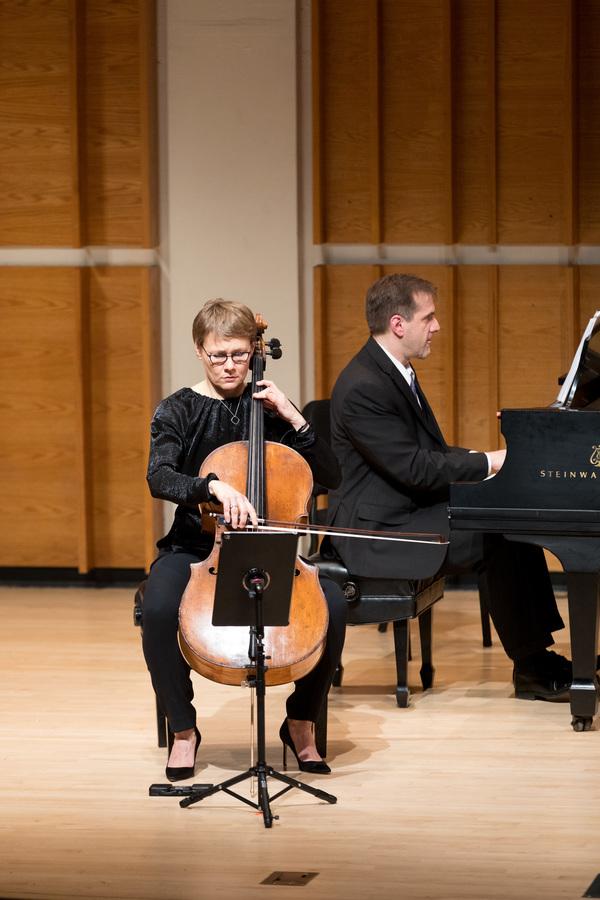 Cellist Kajsa William-Olsson perfoms  Martinu's Cello Concerto, No. 1, with PREforman Photo