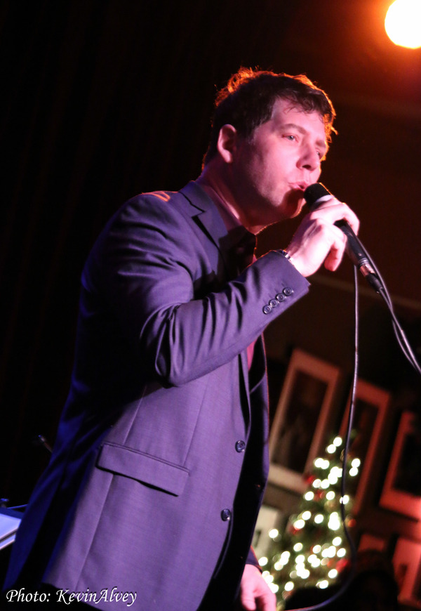 Photo Flash: James Barbour Returns for 9th Annual Holiday Concert at Birdland