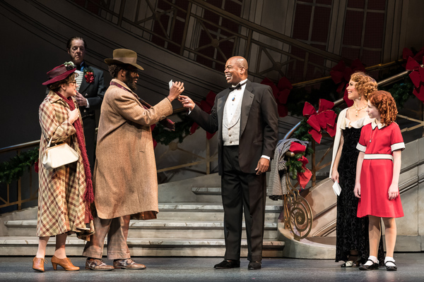 Photo Flash:  Leapin' Lizards! ANNIE Returns to the Ordway for the Holidays