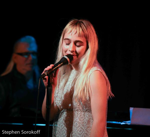 Photo Coverage: Jamie deRoy's 'Jews Don't Camp' - Except When They Hike To See Her Holiday Show at Birdland