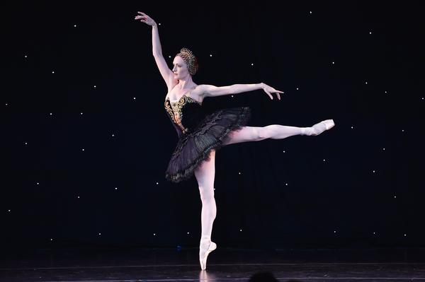ABT Principal Dancer Gillian Murphy performing Swan Lake Photo