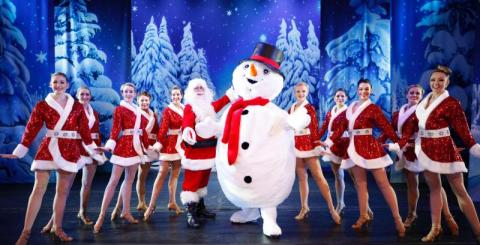 BWW Review: CHRISTMAS WONDERLAND at Fisher Theatre is a Holly Jolly Good Time for the Season!