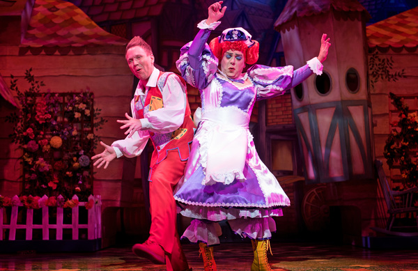 Photo Flash: Production Photos and Trailer Released for JACK AND THE BEANSTALK at Wolverhampton Grand
