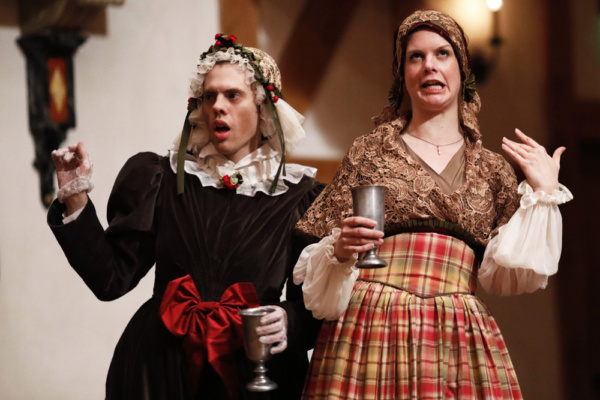 Photo Flash: First Look at A CHRISTMAS CAROL at the Blackfriars Playhouse