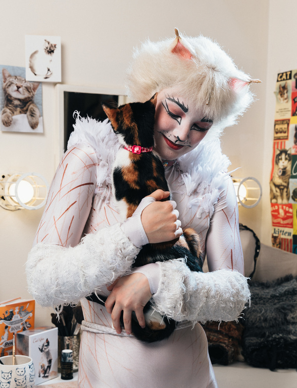 Photo Flash: Mamie Parris and the Cast of CATS Pose with Adorable, Adoptable Felines