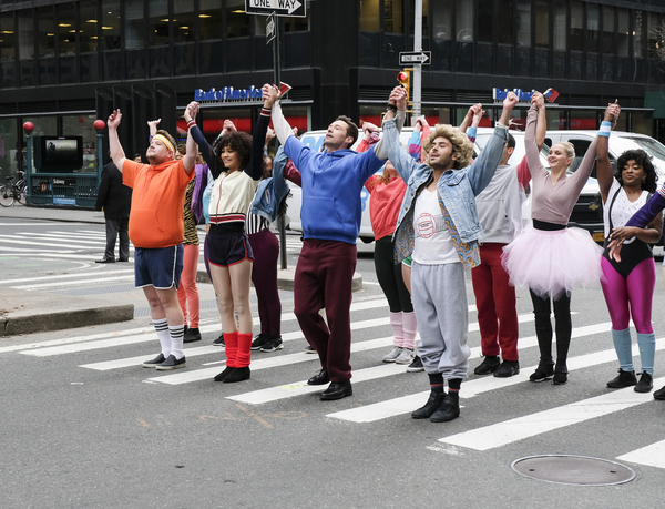 James Corden, Zendaya, Hugh Jackman, and Zac Efron perform in Crosswalk The Musical i Photo