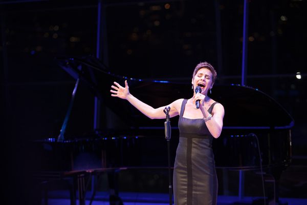 COME FROM AWAY star Jenn Colella performs 'Me and The Sky' at the 2017 ASCAP Foundation Honors