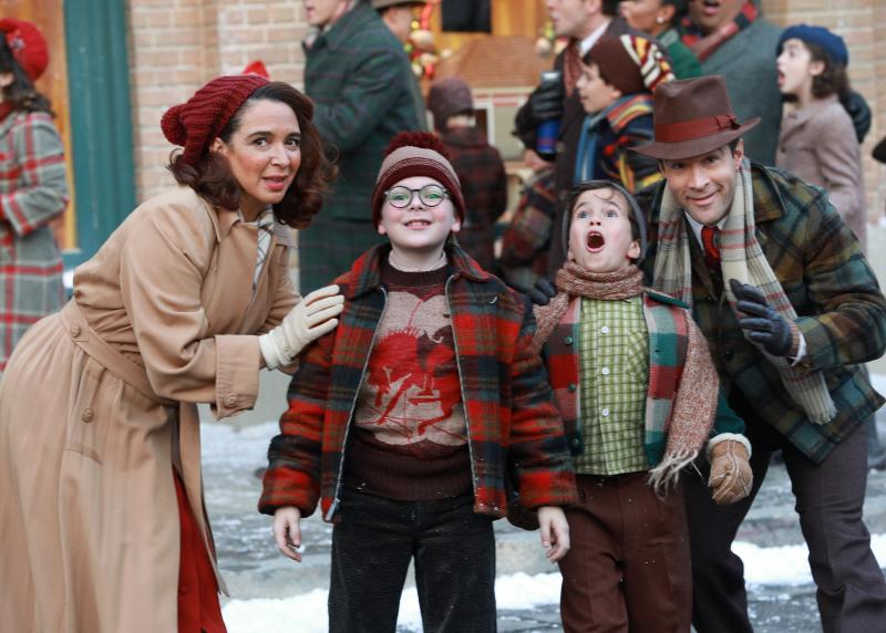 Photo Flash: A CHRISTMAS STORY LIVE! in Pictures - Part II