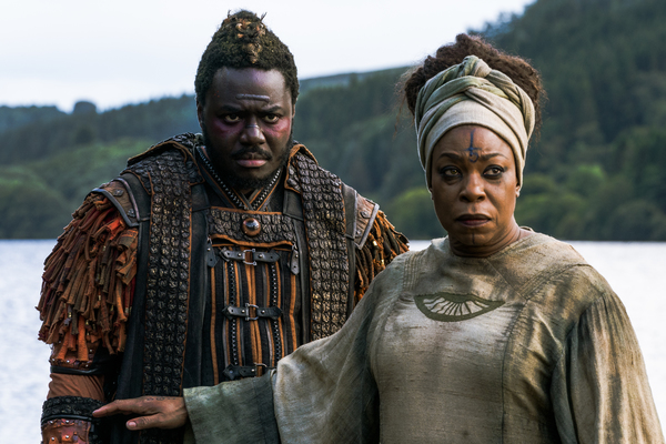 Babou Ceesay as Pilgrim, Lorraine Toussaint as Cressida - Into the Badlands _ Season  Photo