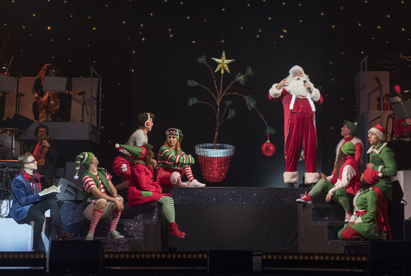 Tom Fletcher (William Trundle), Santa Claus and Ensemble Photo